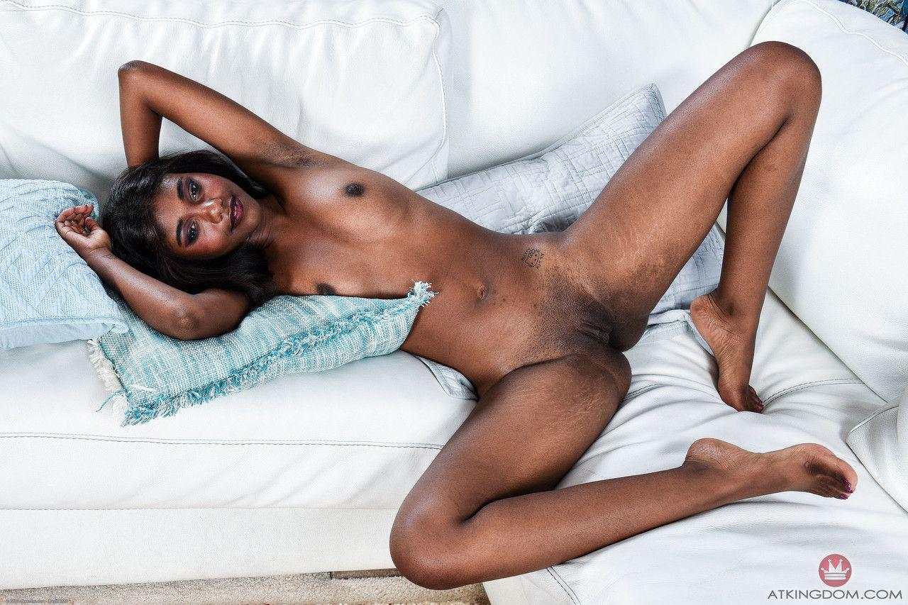 Xvidios negra pelada em fotos grátis mostrando a buceta